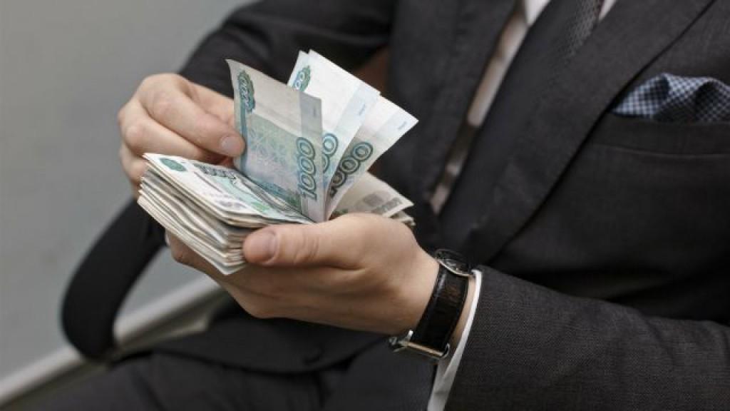 Депутату – среднюю зарплату