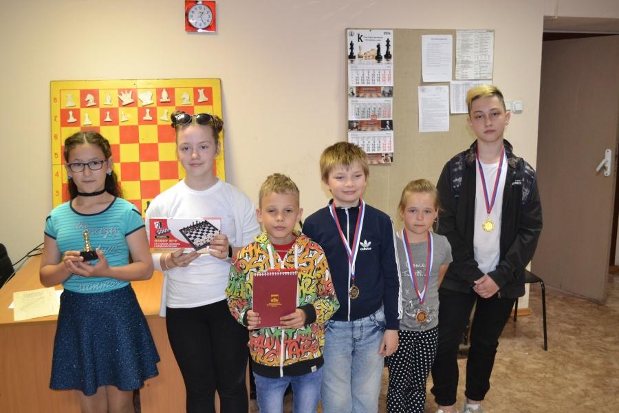 Юные шахматные дарования