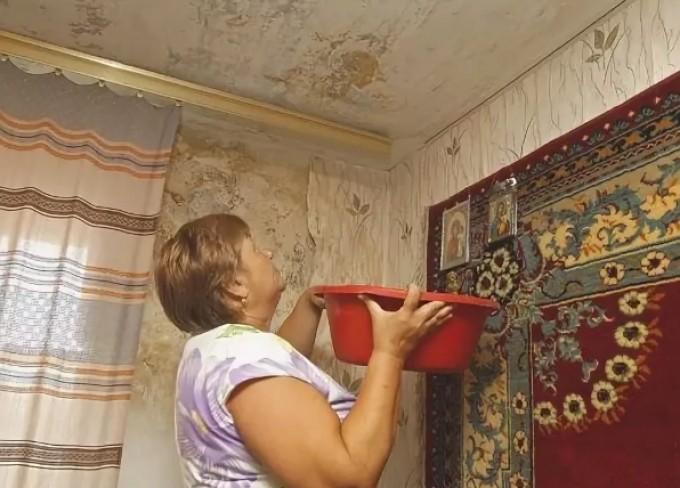 Крышу волховского дома отремонтировали с дефектом