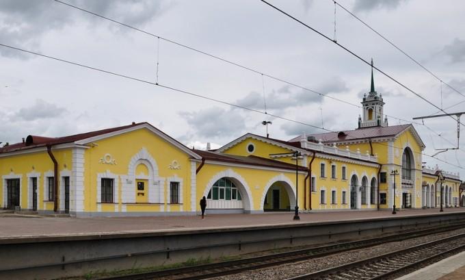 Учащиеся средней общеобразовательной школы №7 побывали с экскурсией на станции Волховстрой-1