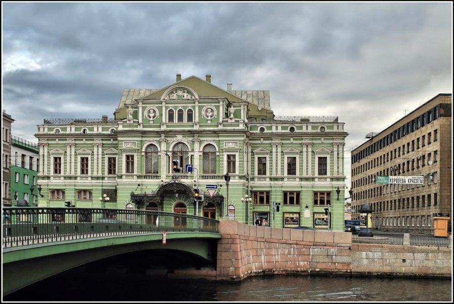Петербург признан театральной столицей России