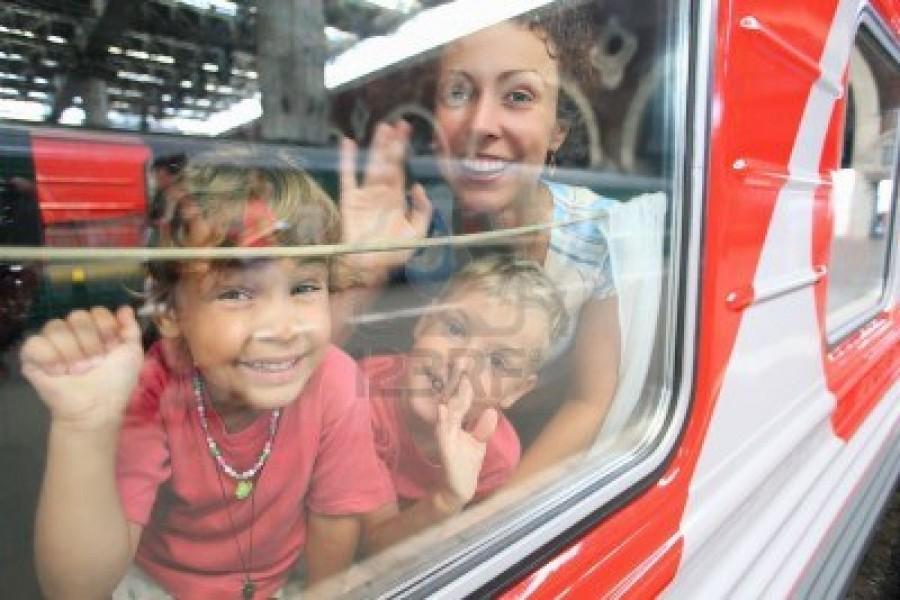 Детям до семи лет хотят сделать бесплатным проезд в электричках