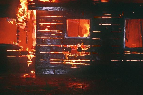 Супружеская пара и их дочь остались без жилплощади после пожара в Лодейном Поле