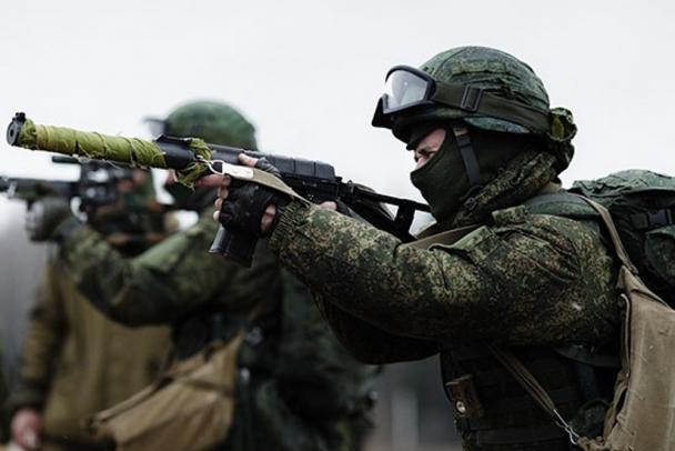 "В Ленобласти ""террористов"" на вертолётах подавили огнём и электроникой"