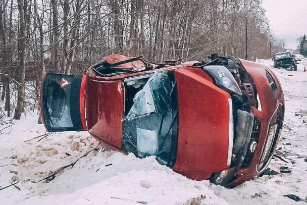 """В волховской больнице скончался младенец, пострадавший в ДТП на дороге """"Зуево - Новая Ладога"""""""