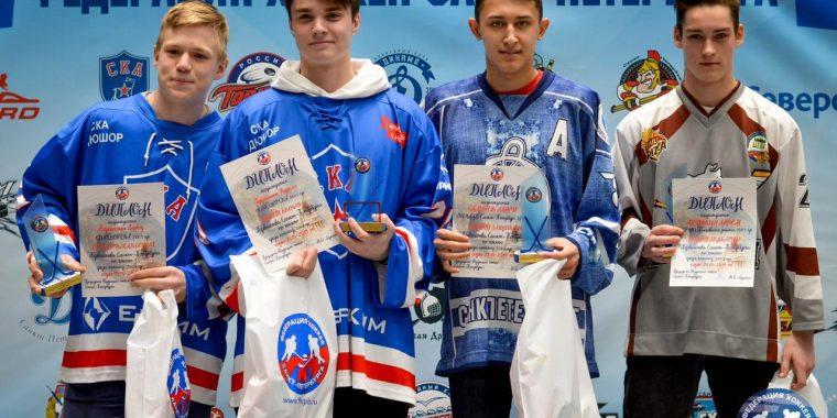 Славные семейные традиции в хоккее