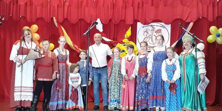 """Первый отчётный концерт пашского """"Веретёнца"""""""