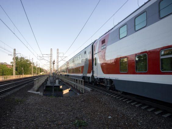 Семь пассажирских платформ было отремонтировано в Волховстроевском регионе ОЖД за первое полугодие