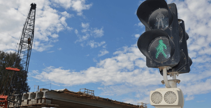 В Ленинградской области устанавливают новые светофоры