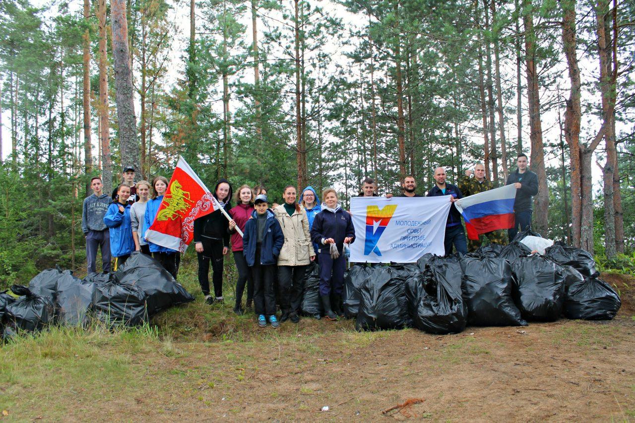 Волховская и Киришская молодёжь объединилась в борьбе с мусором