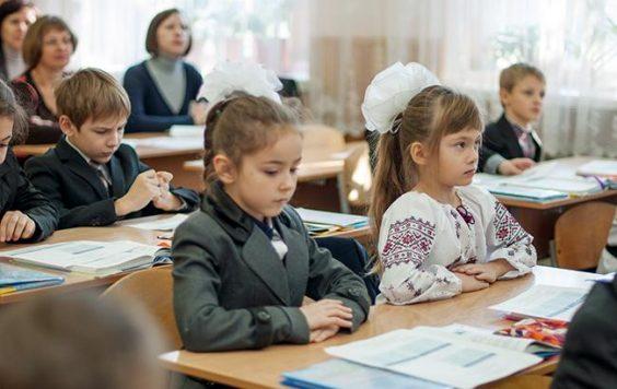 Контроль над качеством образования в Волховском районе усилят