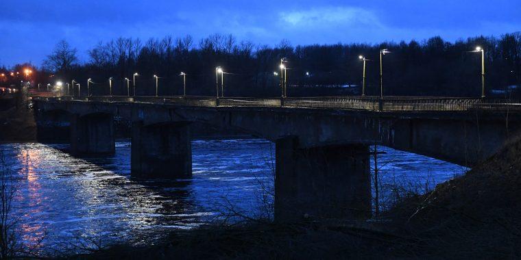 Старый мост станет новым