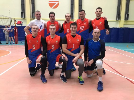 Волховские волейболисты на турнире в Боровичах