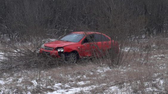 Пьяная езда лишила водителя его автомобиля, а Волхов - знака
