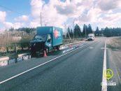 Водитель грузовика попал в больницу после аварии под Новой Ладогой