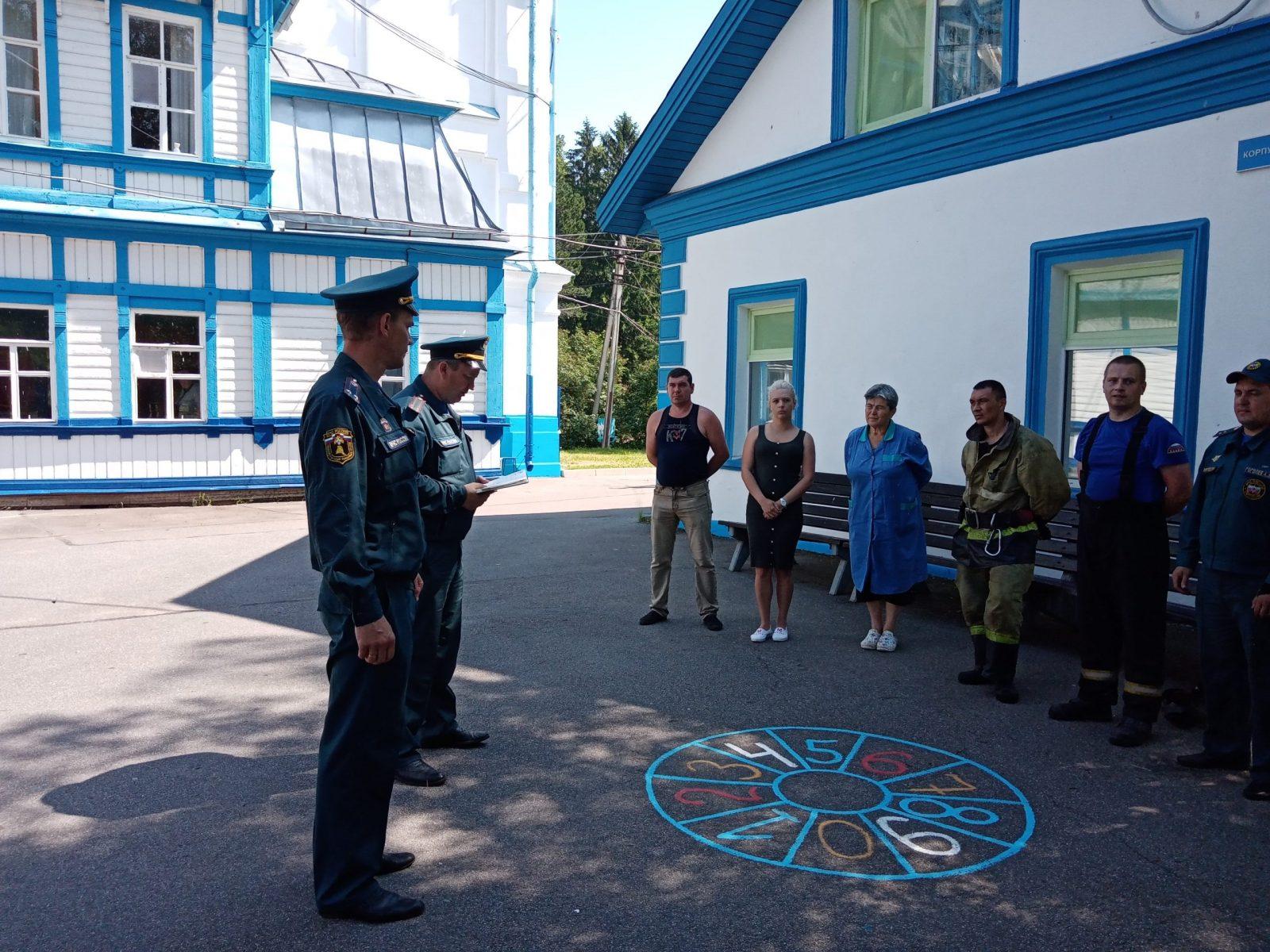 Пожарные провели тренировку в Колчаново