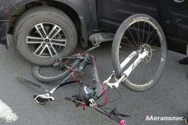Велосипедист не пережил столкновение с фурой в Сясьстрое