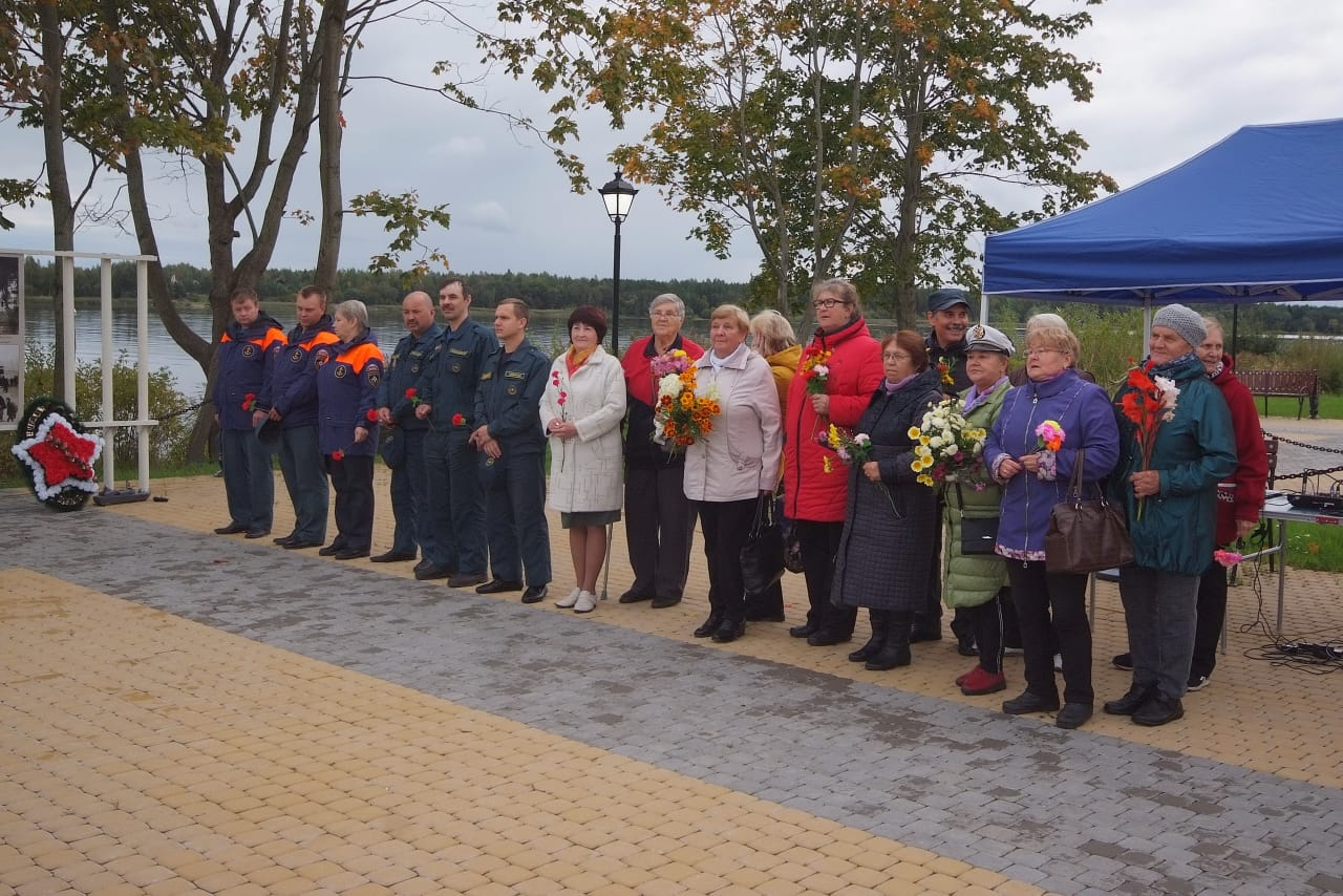 Памяти жертв крупнейшей катастрофы на Ладожском озере