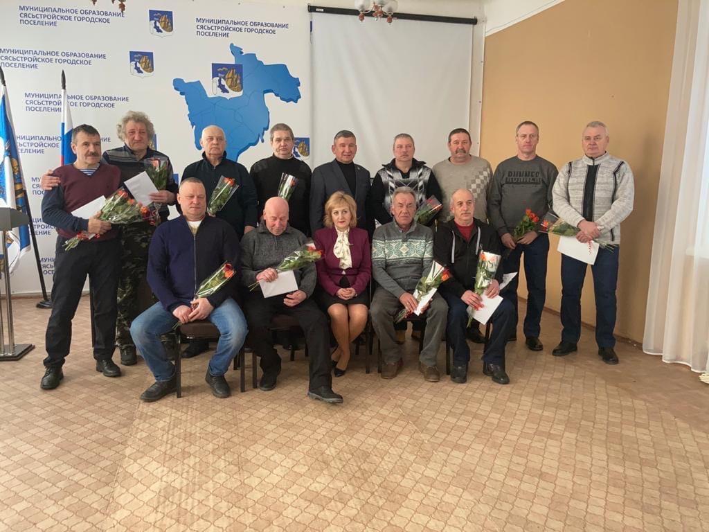 В Сясьстрое поздравили воинов-интернационалистов