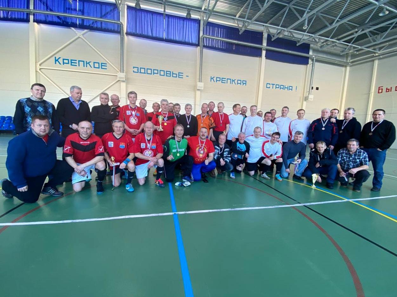 В Волхове прошёл турнир по мини-футболу среди ветеранских команд