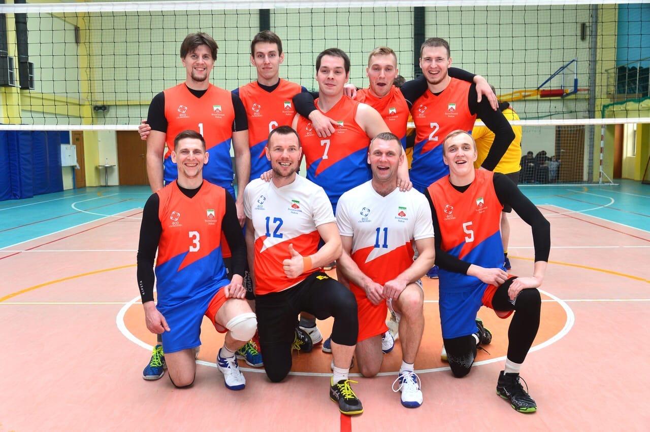 Волховские волейболисты взяли бронзу междугороднего турнира