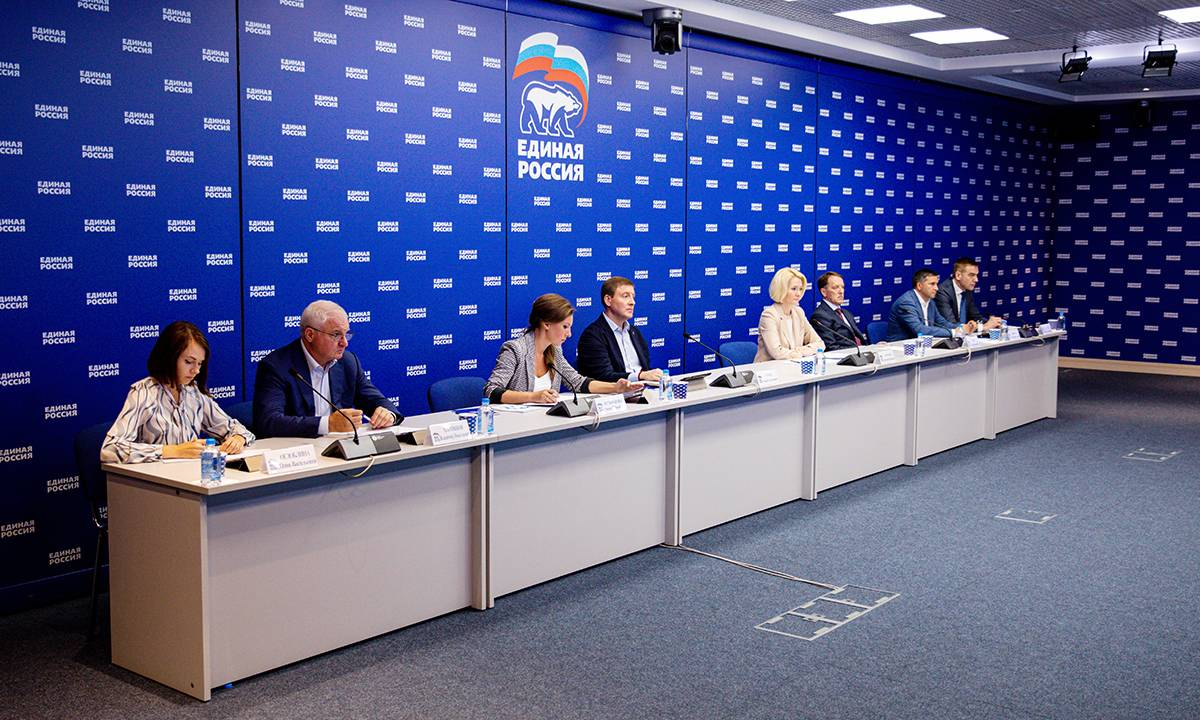 «Единая Россия» взяла под контроль цены на продукты: в течение двух недель цена «борщевого» набора станет доступнее