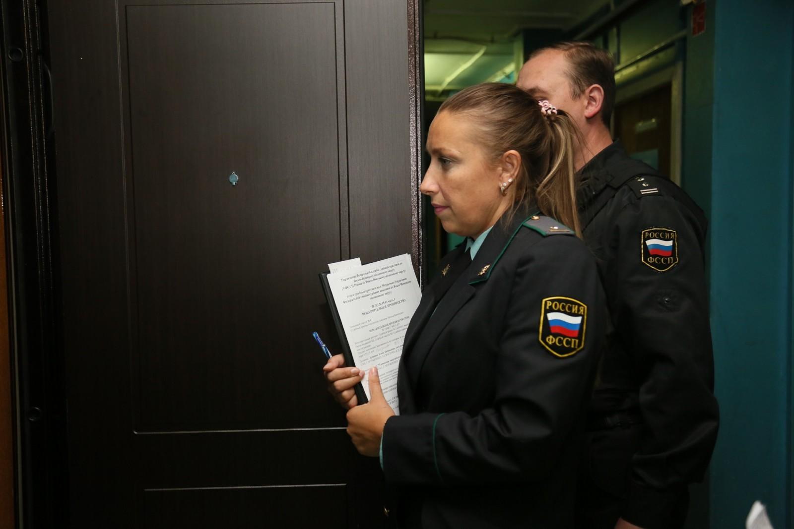 Приставы Ленобласти взыскали с должников 5 млрд. рублей