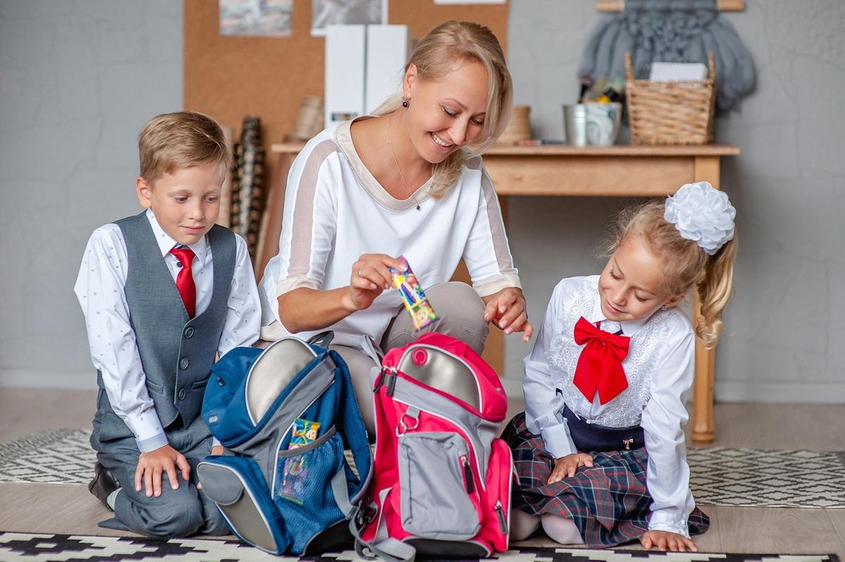 Во сколько обойдется собрать детей в школу?