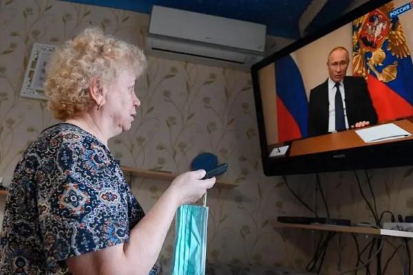 Президент поручил «Единой России» проработать механизм единовременной выплаты пенсионерам