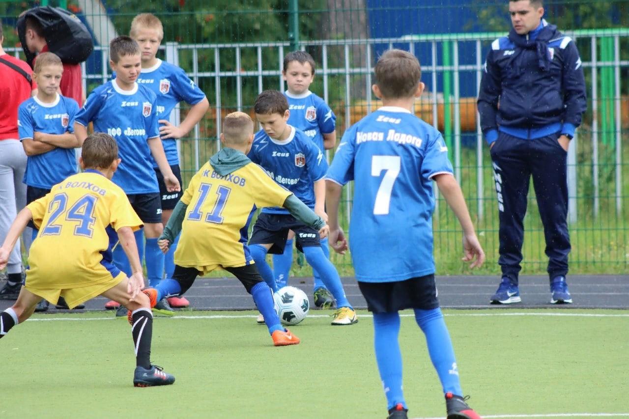В Новой Ладоге сыграли в мини-футбол