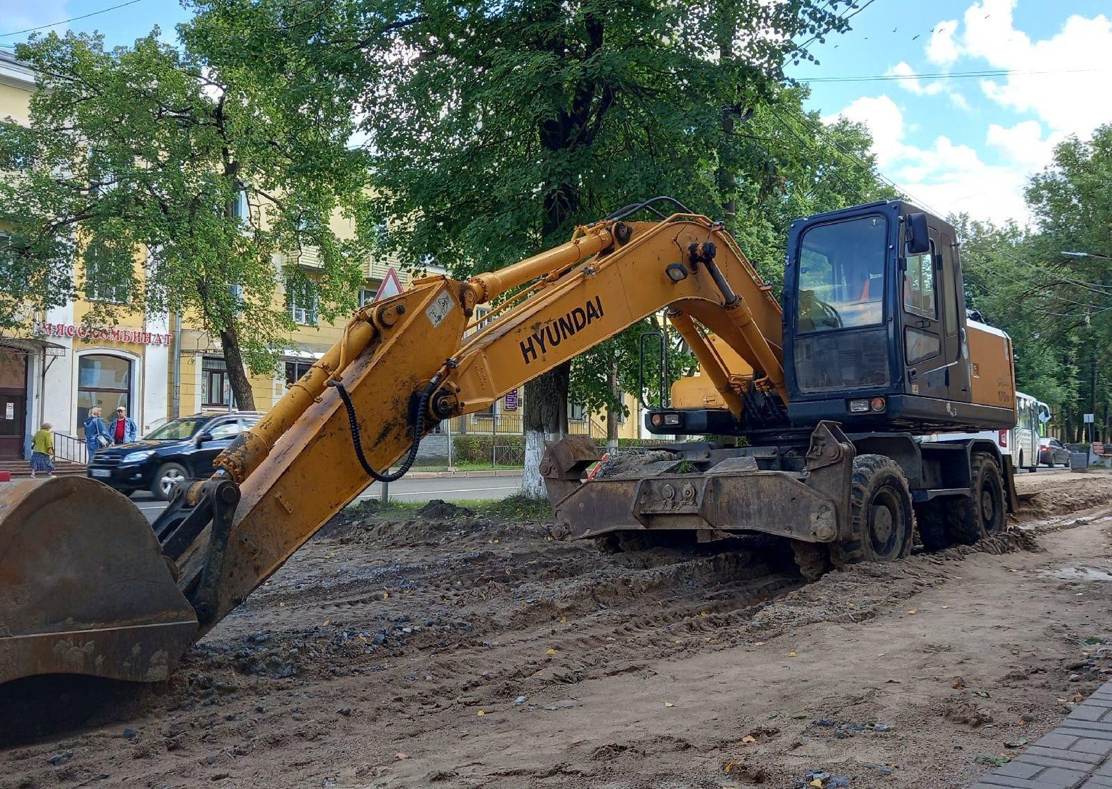 В Волхове обновляют тротуары и проезды