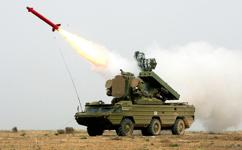 В Ленобласти военные отразили нападение с воздуха