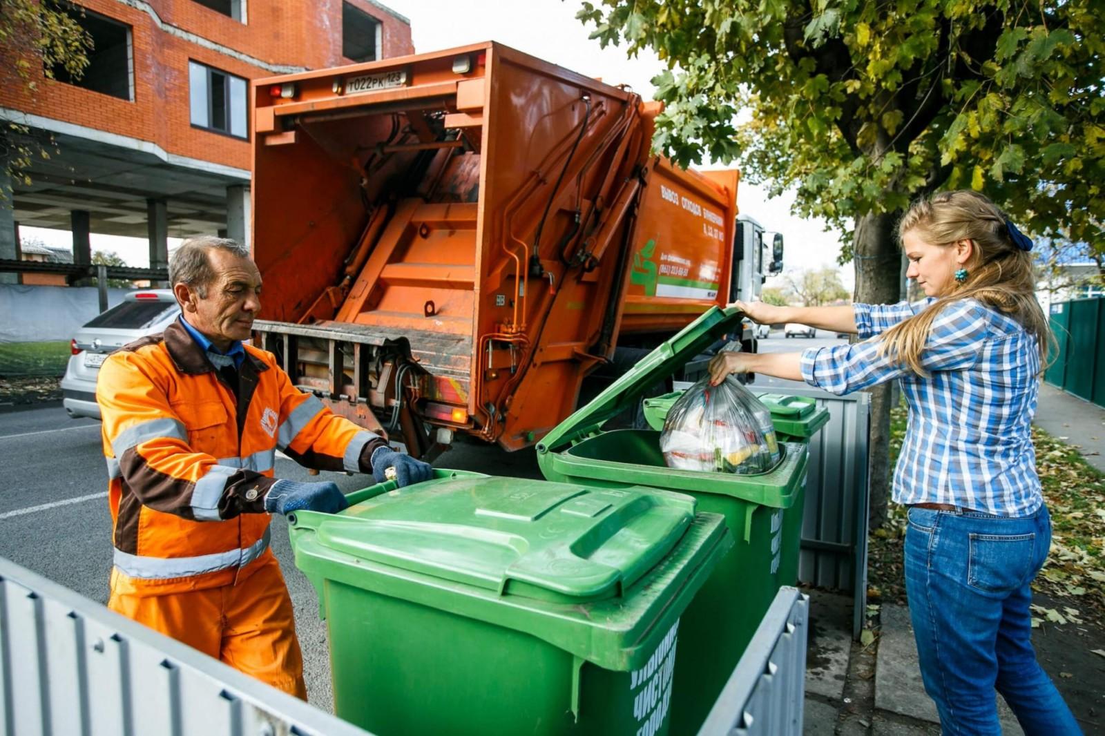 Власти проконтролируют оплату за вывоз мусора