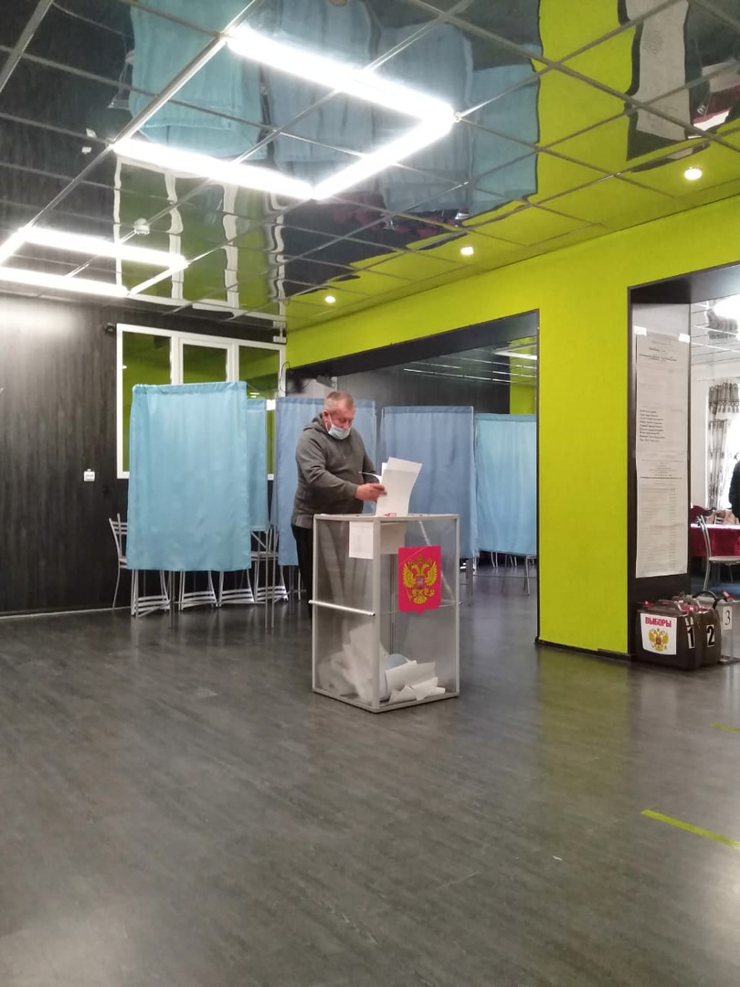 Как голосовали в Волхове и районе