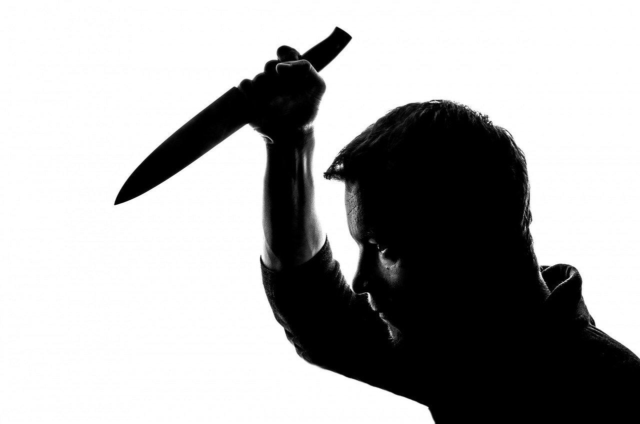Грабитель с ножом найден