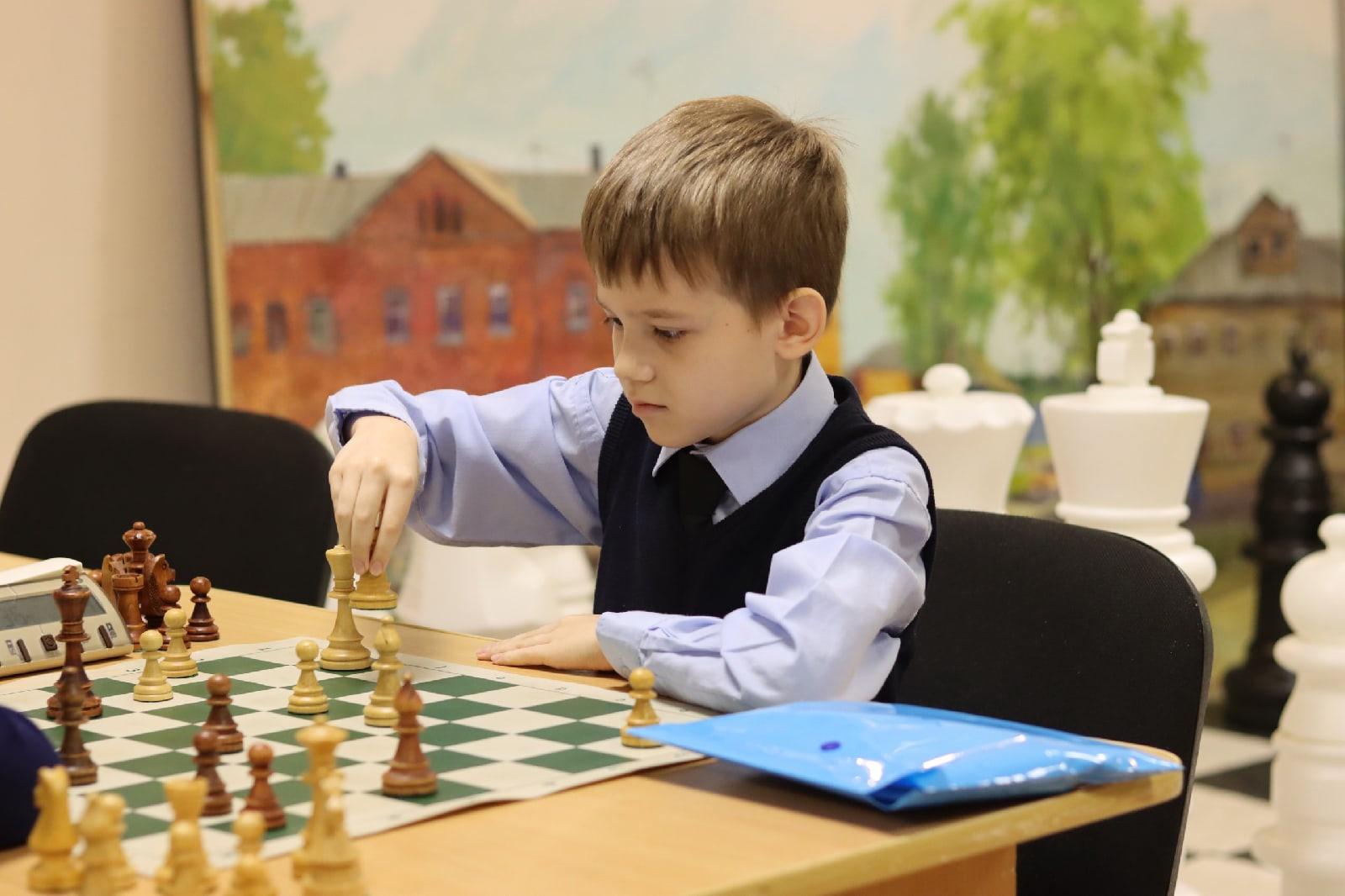 Шахматный турнир в честь Дня пожилых людей