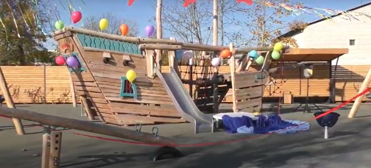 Открытие детской площадки в Новой Ладоге